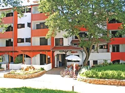 Istrie - Červar Porat - Apartmánový dům Rona Volta