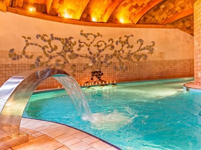 Bükfürdö, hotel Piroska speciální nabídka - pobyt 4 noci = platba 3 noci