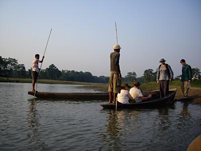 Nepál – Rafting na řece Trisuli a safari na kanoiích I džípem v džungli