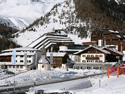 Ledovec Schnalstal - hotel Senales u sjezdovky, skipas a bazé...