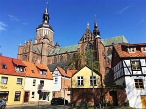 Romantické zámky Dánska a Německa, hanzovní města Baltského mo...