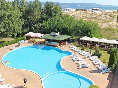 Hotel Delfin (8 denní pobyty) letecky z Brna s plnou penzí